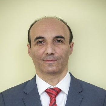 Лазар Карленович Есаян